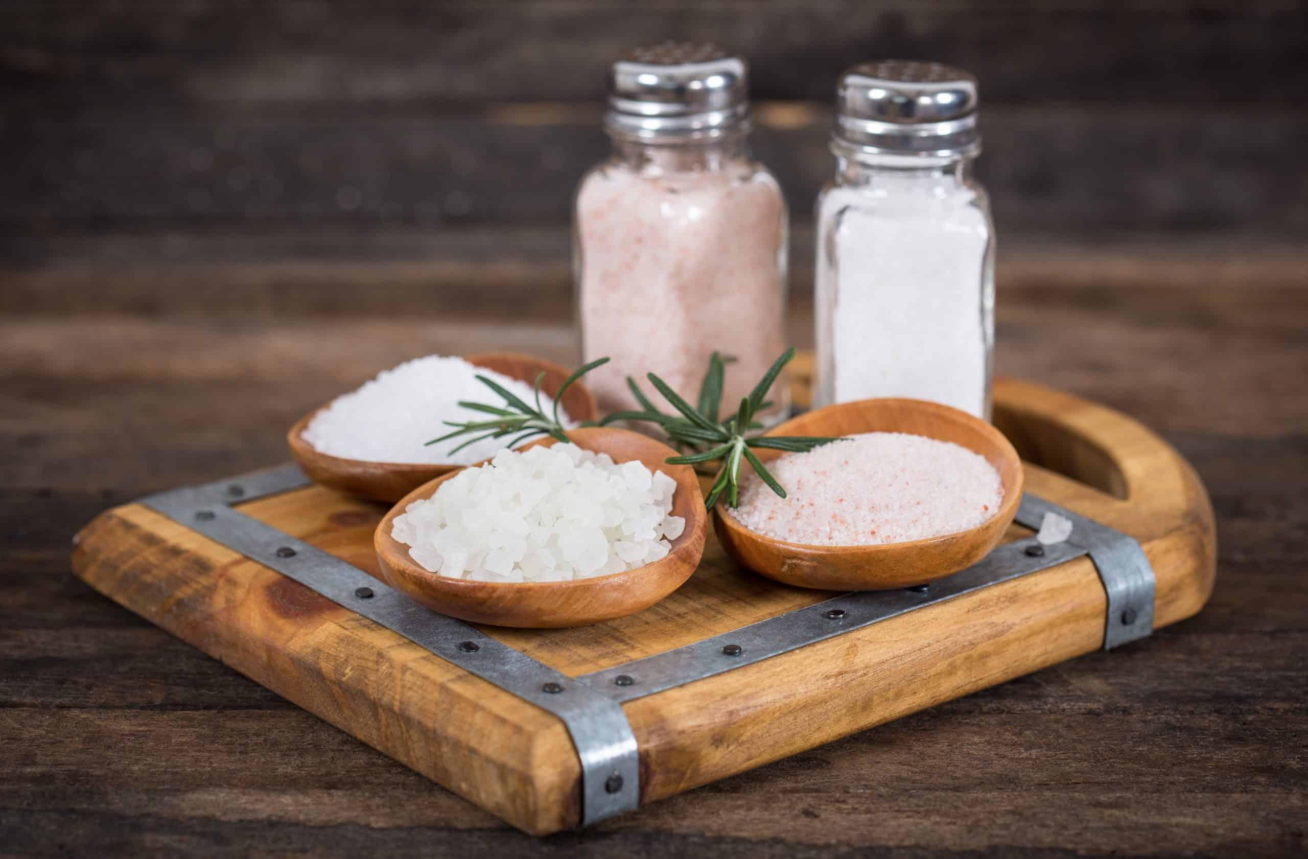 Pink Himalayan Salt Versus Sea Salt - Himalayan Salt and Sea Salt What's the Difference